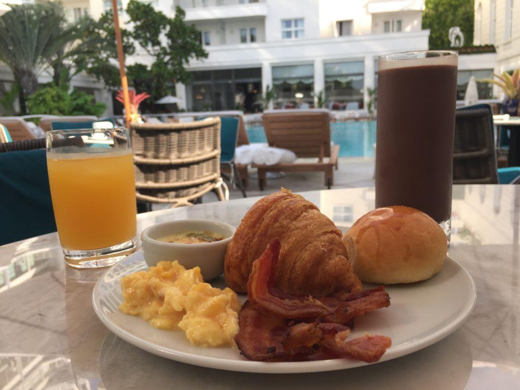 Café da manhã no Copacabana Palace